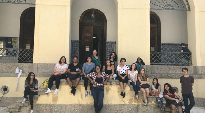 Licenciandos do curso de Didática ofertado na Faculdade de Letras participam de visita guiada ao Palácio Universitário